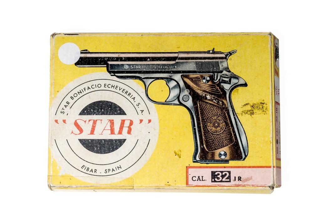 pistole Star Model IR r. 7,65mm Brow. - původní obal